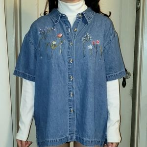 Time and Tru Embroiderred denim blouse Size 18
